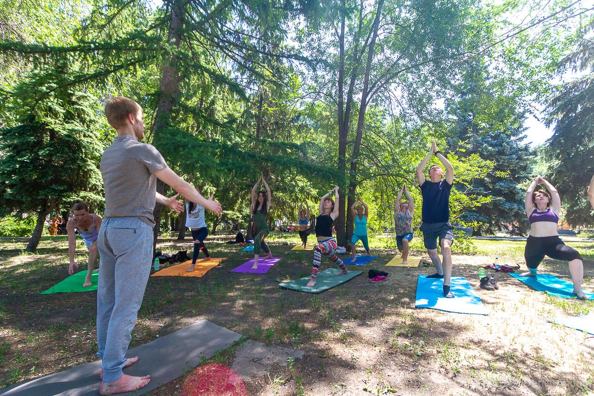 всемирный день йоги саратов фото 14