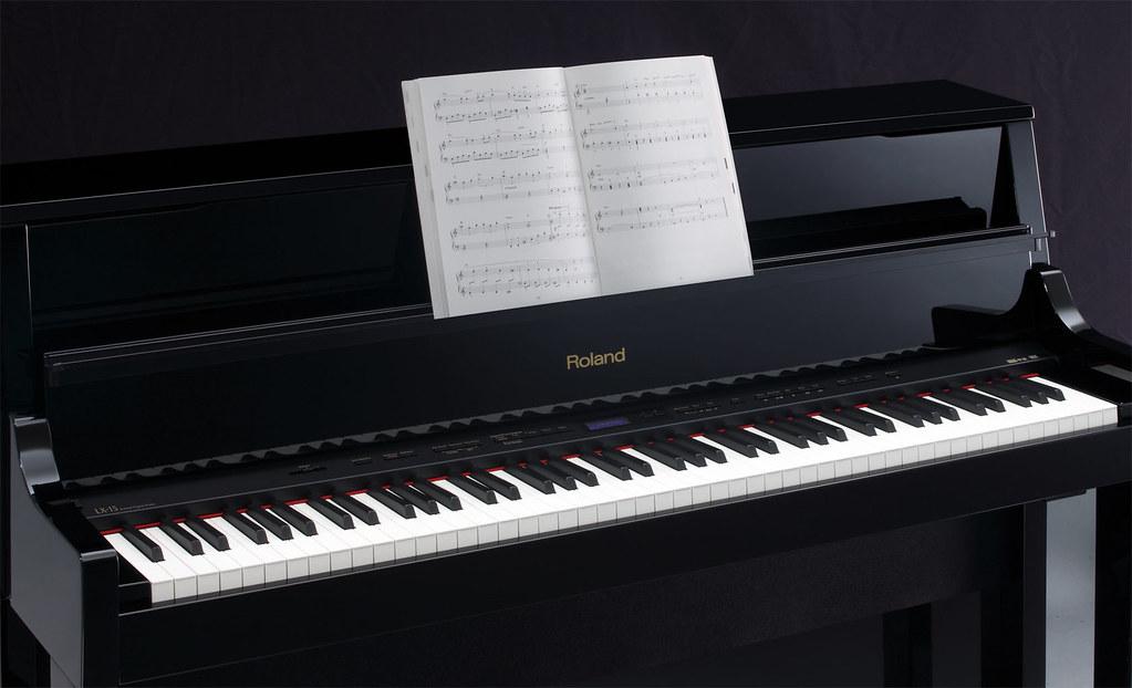 Преимущества и особенности пианино Roland