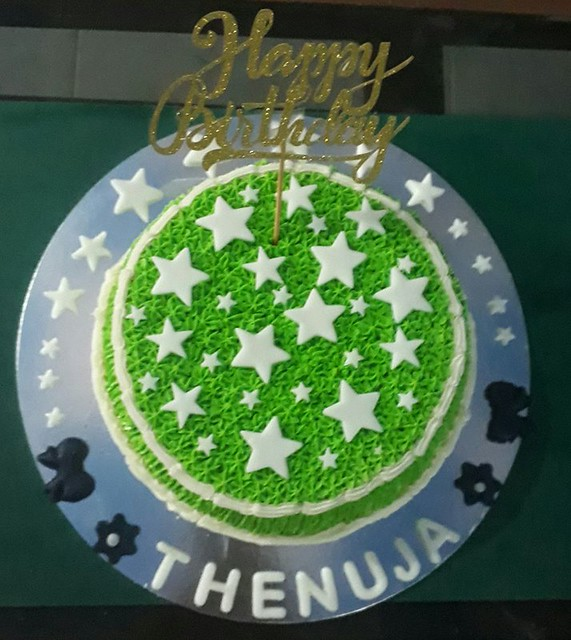 Cake by Rashi's Cakes