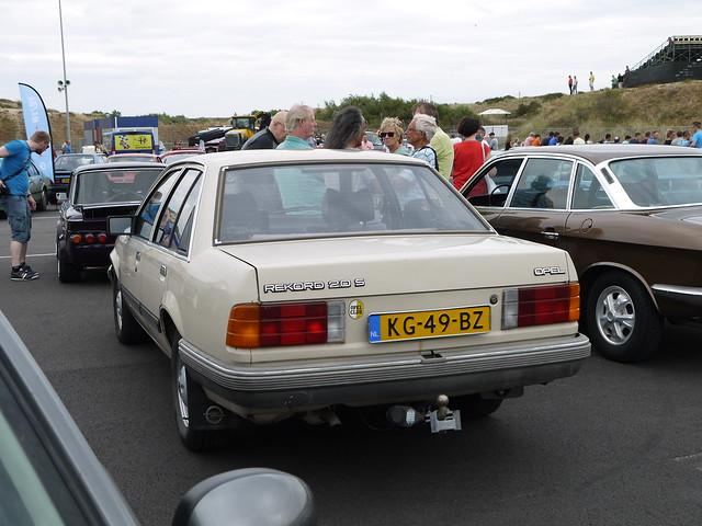 Opel Rekord 2.0S 1983, Panasonic DMC-GF5, LUMIX G VARIO 14-42mm F3.5-5.6