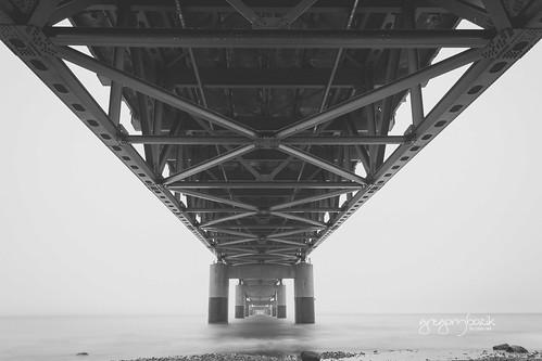 Mighty Mac bridge, Michigan. Photographer Gregory Bozik