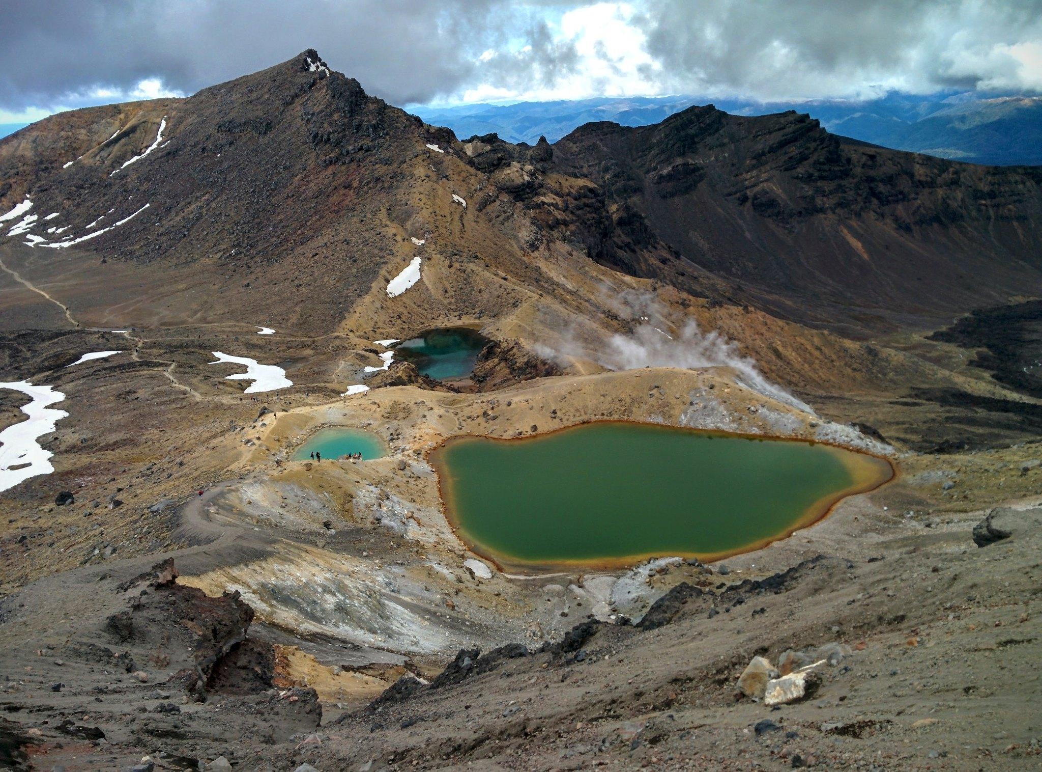 The emerald lakes from Tongariro