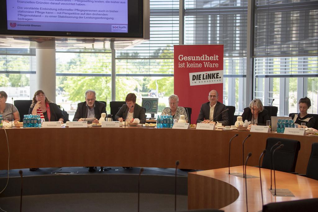 """""""Wege in die Pflegevollversicherung""""  - Fachgespräch der Fraktion DIE LINKE. im Bundestag"""