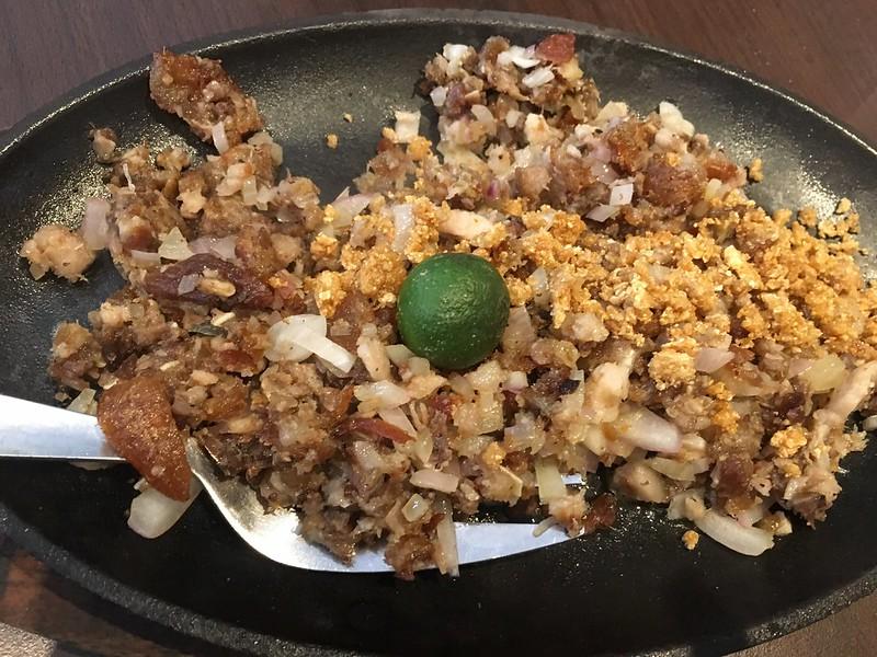 Gerry's Grill, Tomas Morato