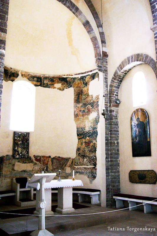 Главный алтарь церкви Св. Марии Речной