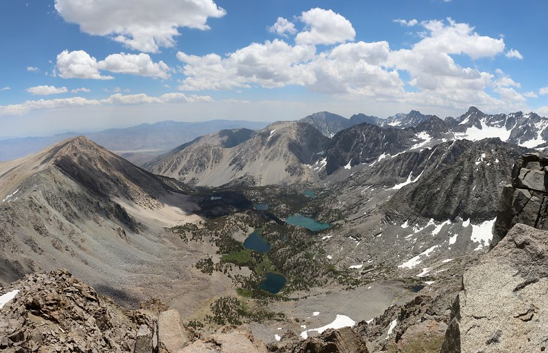 Looking down into the North Fork Big Pine Creek basin from Cloudripper