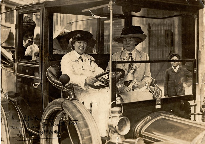 Vera 'Jack' Holme driving Emmeline Pankhurst, with others, to Scotland, 1909