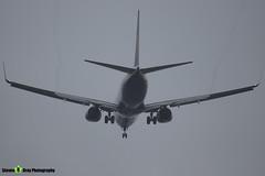 EI-FRC - 62690 - Ryanair - Boeing 737-8AS - Donington - 180402 - Steven Gray - IMG_8569