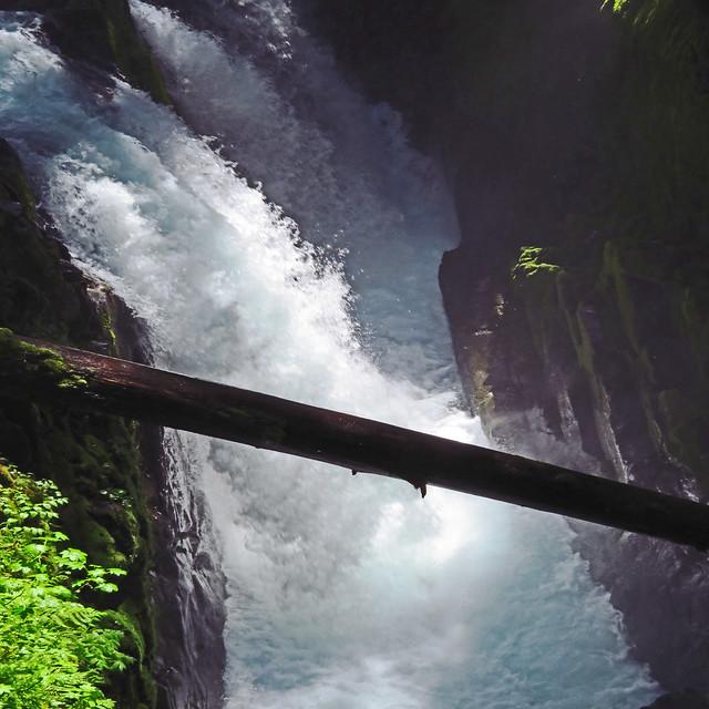 bridge over troubled waters..., Canon POWERSHOT SX720 HS