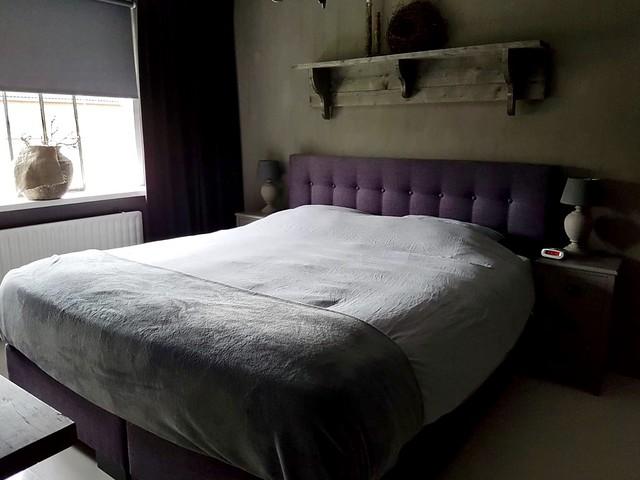 Landelijke sobere slaapkamer