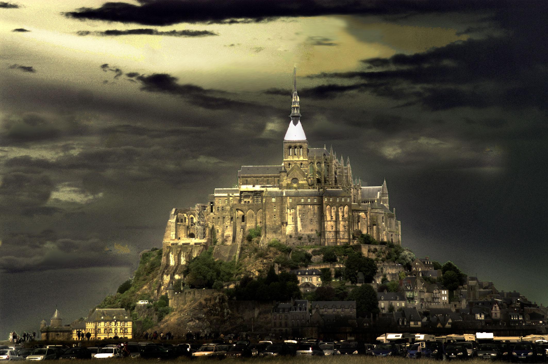 Mont Saint-Michel at night.