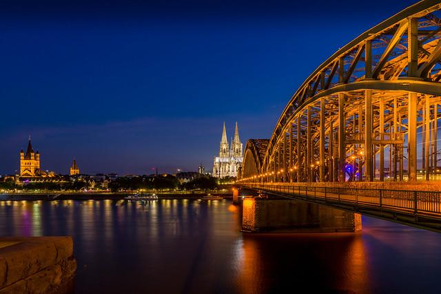 Kölner Dom blaue Stunde