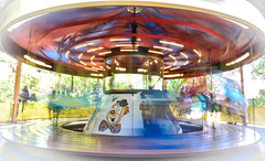 merry-go-round-blur-carousel-44373528
