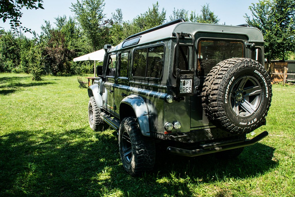 5ed6bbc3-ares-design-land-rover-defender-8