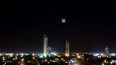 A Lua e a Cidade