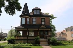 Harry H. Nichols House