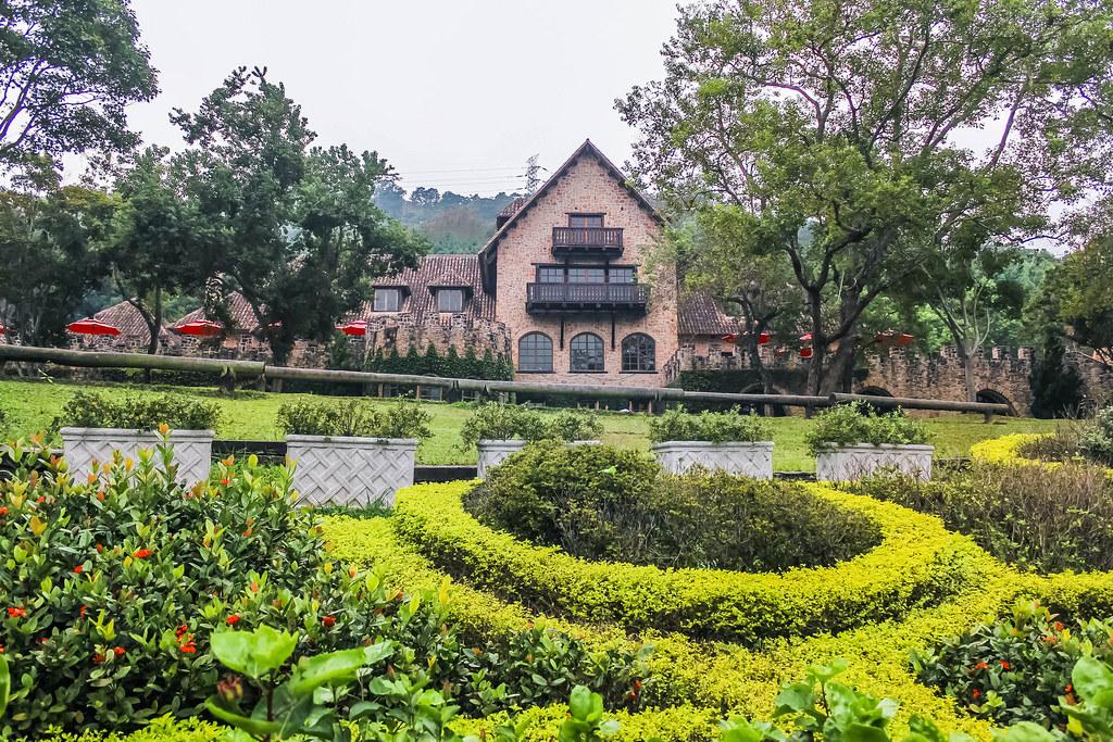 xinshe-castle-restaurant-alexisjetsets