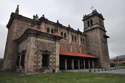 Los Corrales de Buelna (Cantabria-España). Iglesia de San Vicente