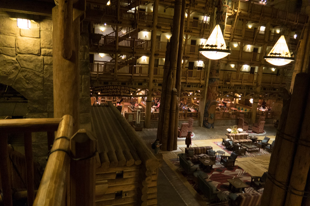Wilderness Lodge obby at Disney