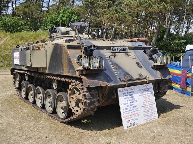 Armoured Personnel Carrier, Panasonic DMC-G6, LUMIX G VARIO 14-140mm F3.5-5.6