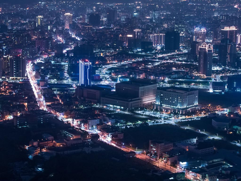 桃園市の空撮夜景