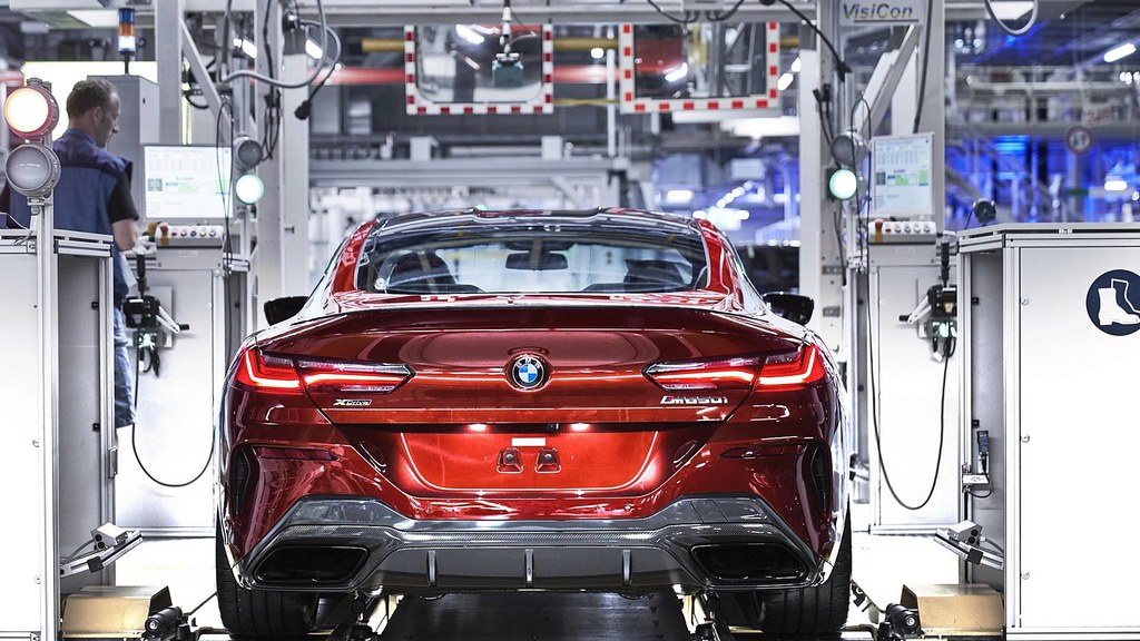 2019-bmw-8-series-coupe-enter-production (2)