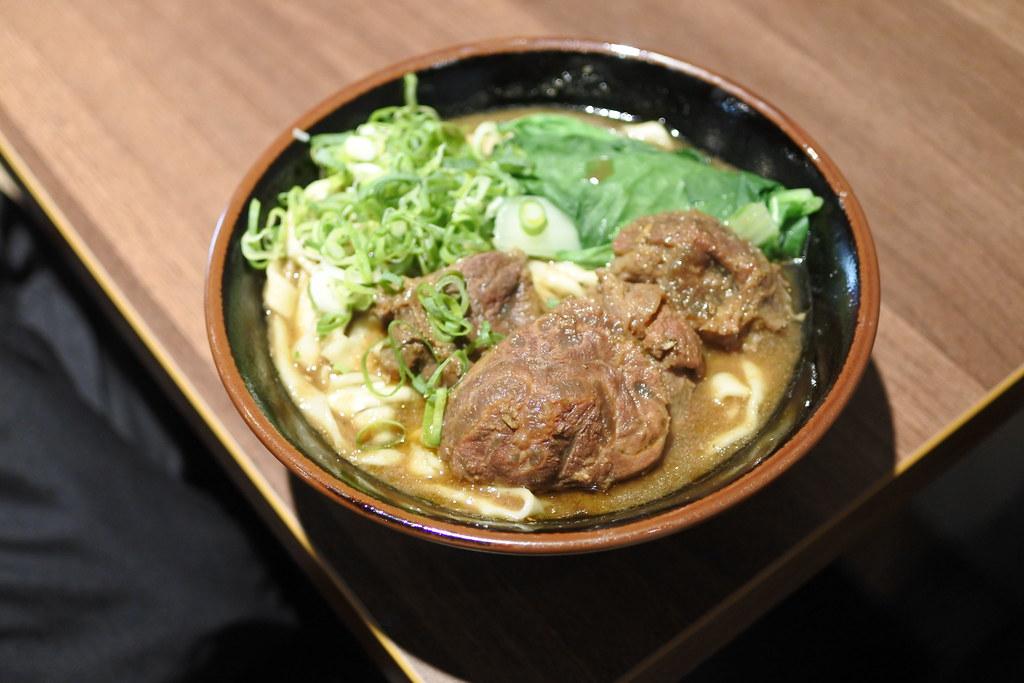【新北|三峽】黑霸 大碗肉多又美味的牛肉麵-雪花新聞