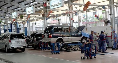Xưởng Công nghệ ô tô