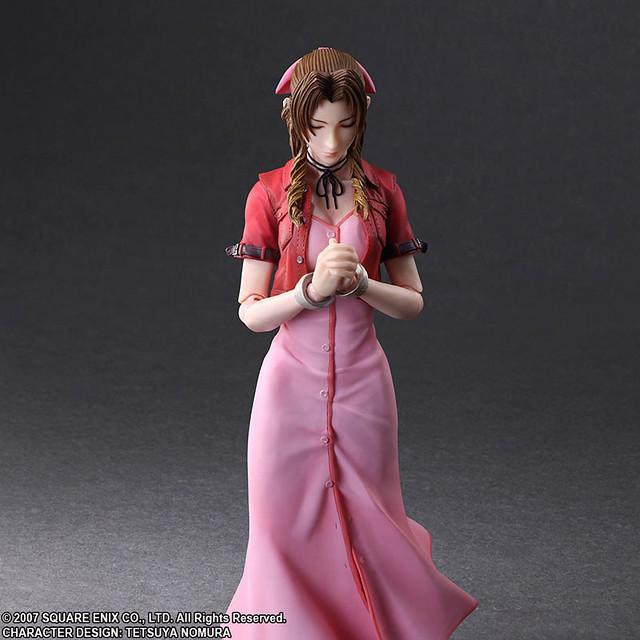 PLAY ARTS改《核心危機 -Final Fantasy VII-》艾莉絲(エアリス)