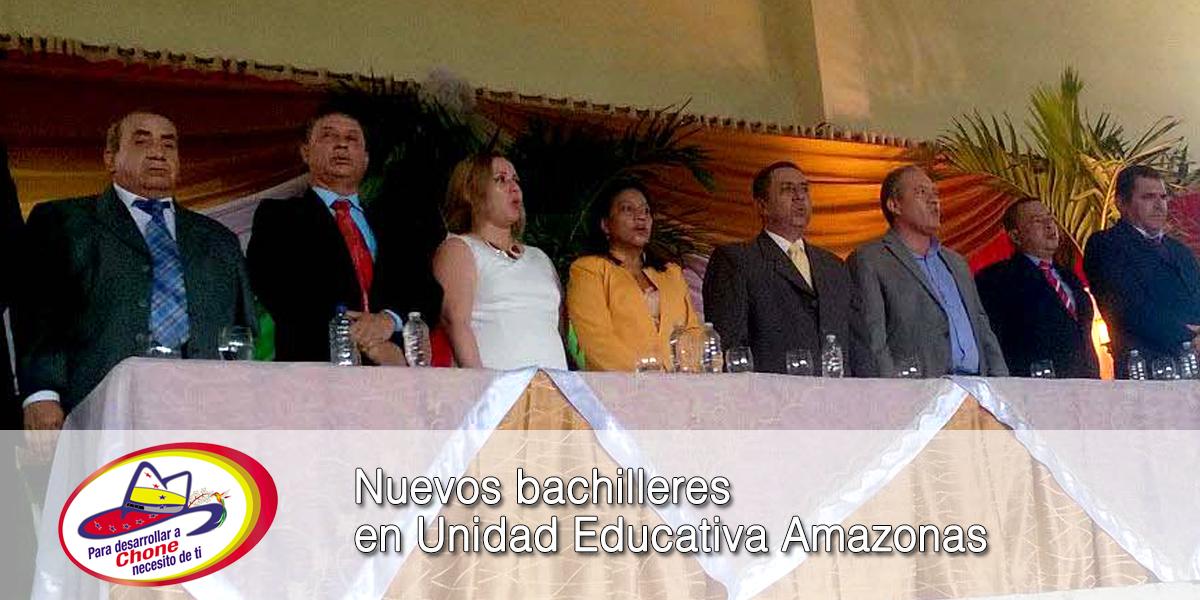 Nuevos bachilleres en Unidad Educativa Amazonas