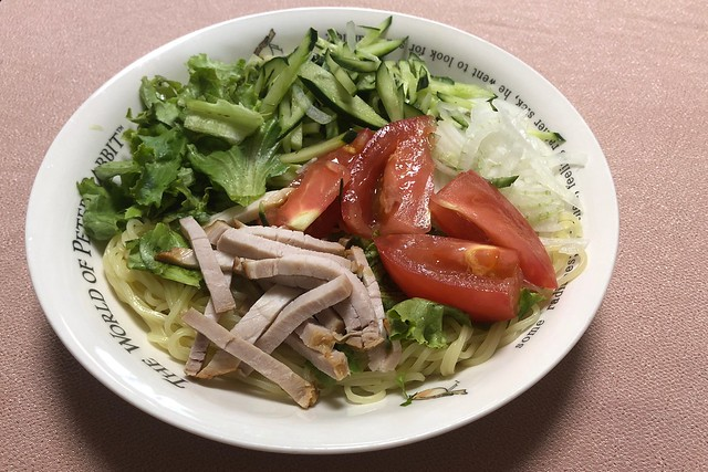 サラダ冷麺