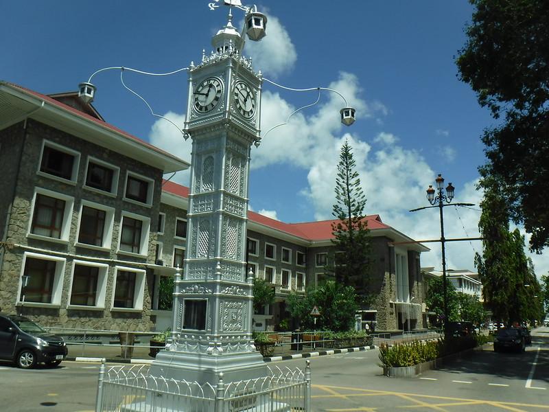 Столица Сейшел получше, чем на Мальдивах, но все равно