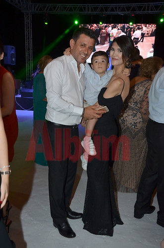Tuğçe ve Ahmet evlendi
