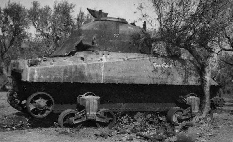 m4_sherman_tank_buck_private_detracked_france_1944.7qpegqmocbokwssokg4kc4ww8.ejcuplo1l0oo0sk8c40s8osc4.th