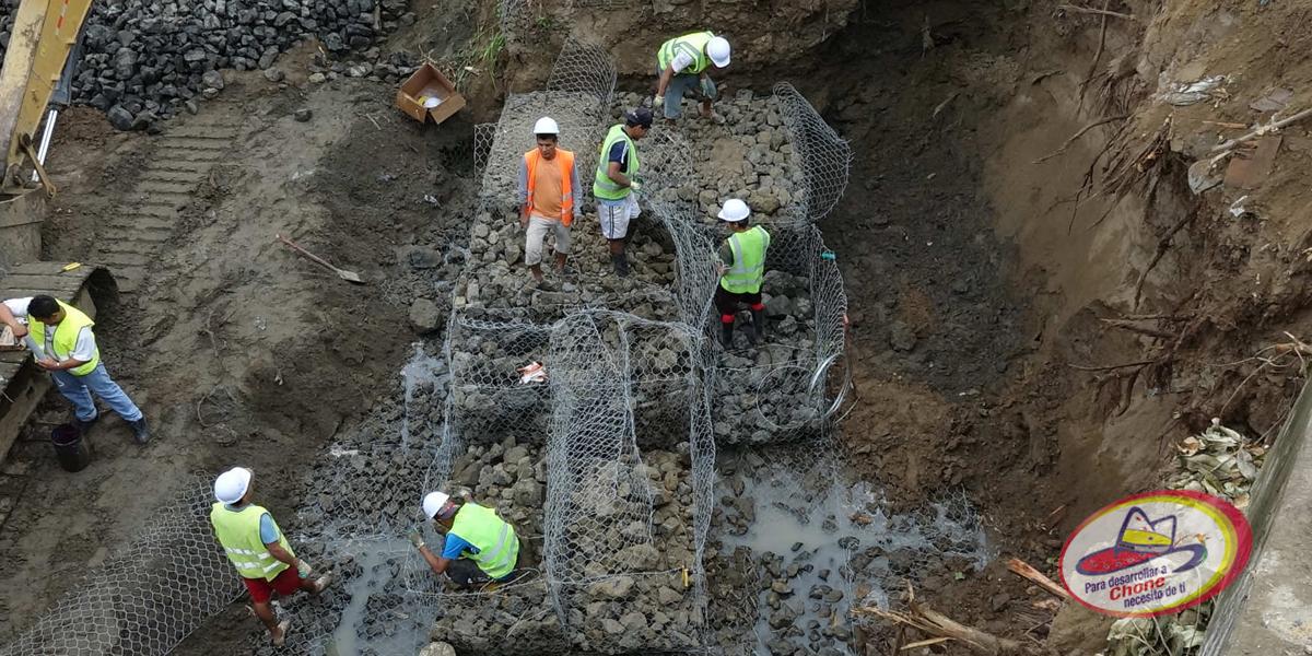 100% construídos muros de gaviones en riberas del río Chone