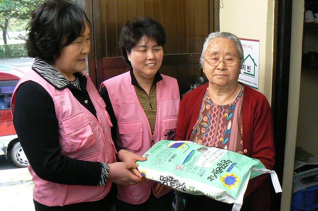 2007년-봉공회30주년기념 은혜의 쌀나누기, Panasonic DMC-FZ7