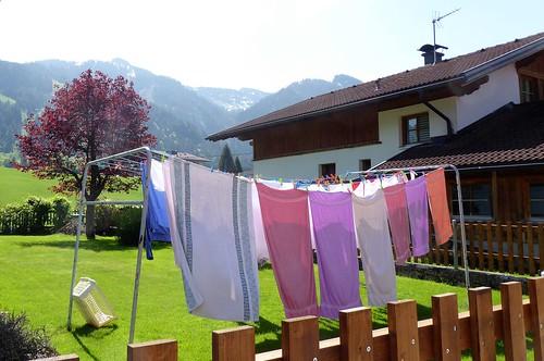 Wäschetrocknen mit Alpenblick