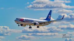 Travel Service B738