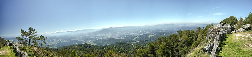 34.- Panorâmica desde o Miradouro da Cruz - Monte Aloia