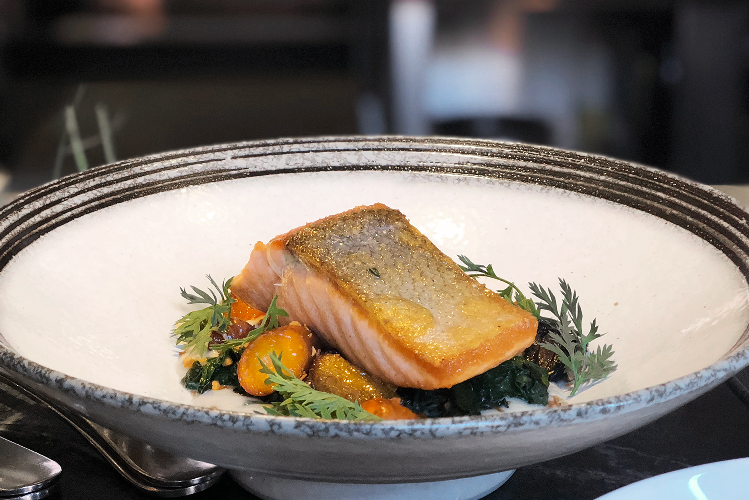 10commissary-sf-food-dining-salmon