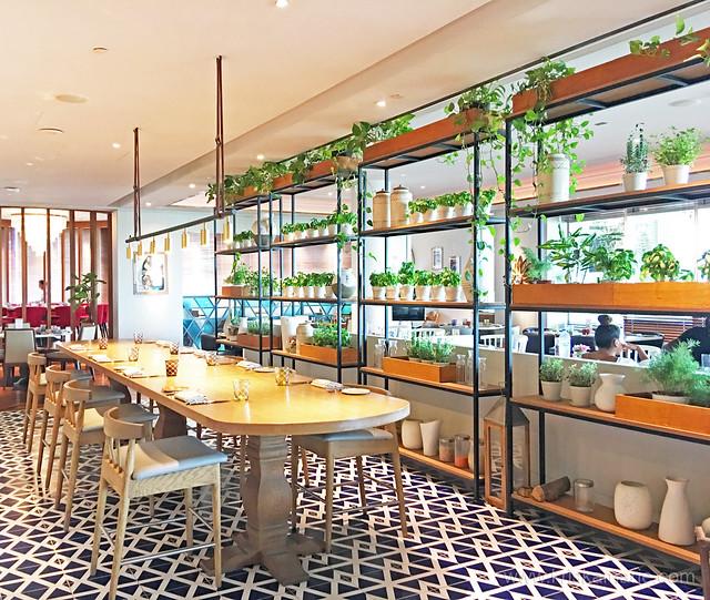 Al Maeda Restaurant - Interiors 2