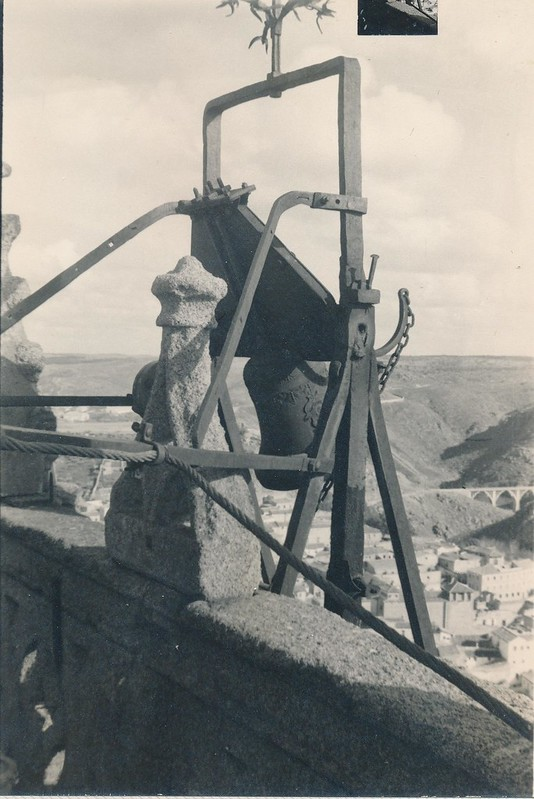 Polea de la torre de la catedral en 1962. Fotografía de Julián C.T.