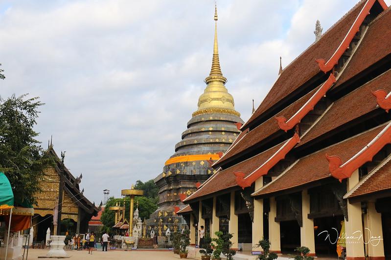牛年生肖佛塔南邦鑾舍利寺(Wat Phra That Lampang Luang)