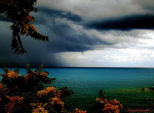 Il maltempo sa con precisione dove vai in ferie.-Bad weather knows exactly where you go on vacation.