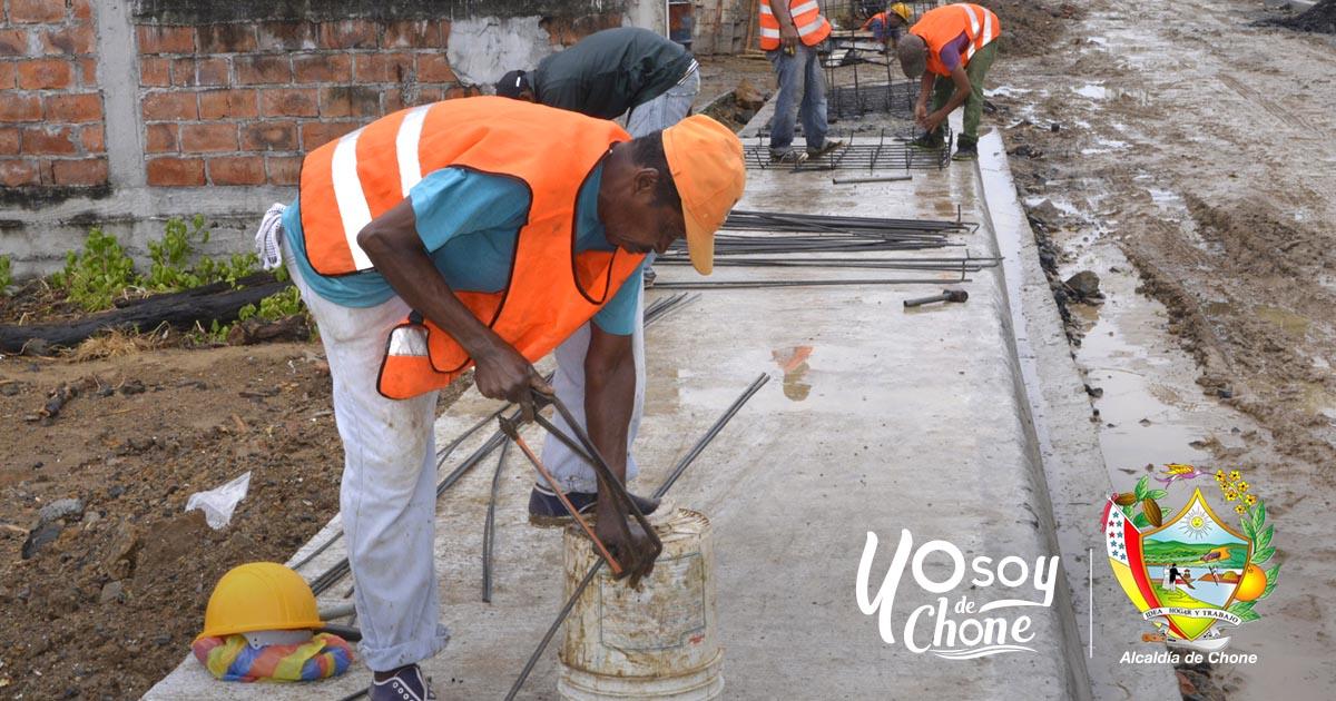 Continúan los trabajos en calle Sin Nombre de la ciudadela Kennedy 1