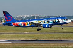 Brussels airlines aerosmurf / A320 / OO-SND