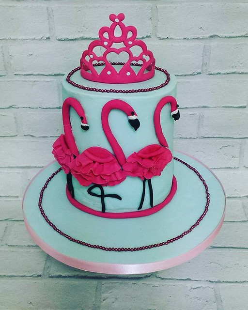Cake by Amber's Bakes and Cakes