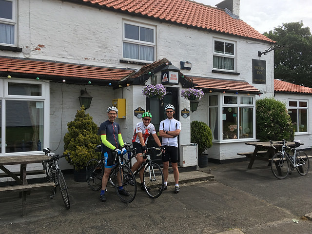 3 Yorkshire Wolds Cycle Route Wolds Inn Huggate 640