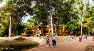 Ta Kou Entrance to Angkor Wat Cambodia -4a