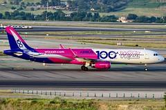 Aeropuerto Adolfo Suárez Madrid-Barajas-Airbus A321-200-HA-LTD-Wizz Ai